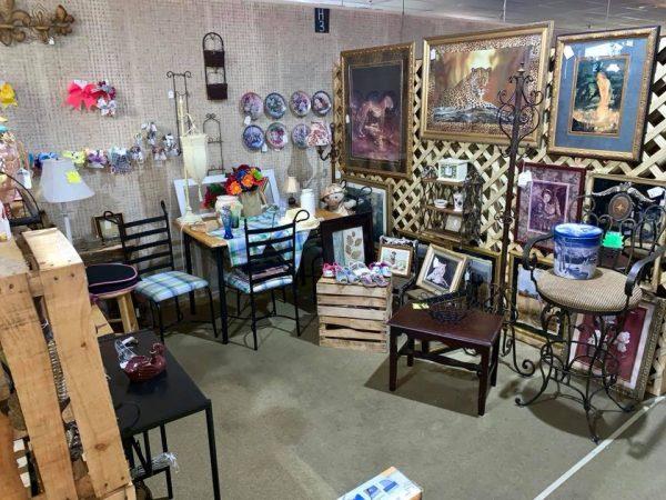 Jasper Pickers antique shop