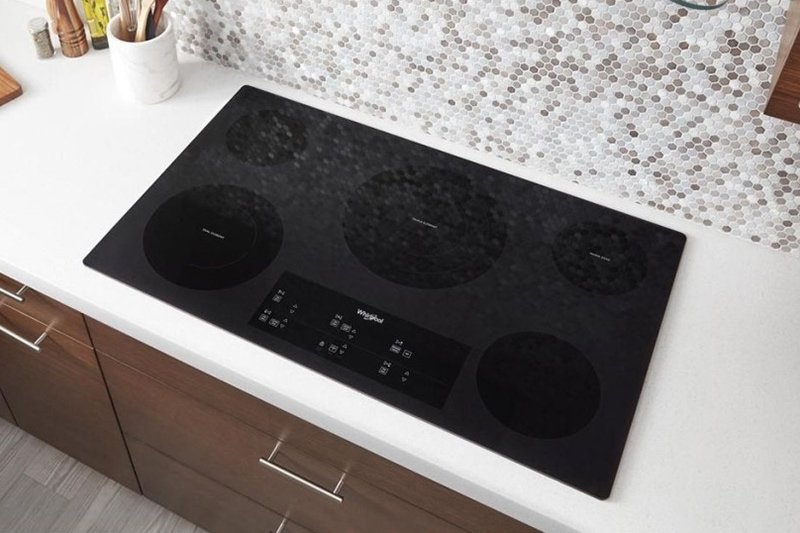 whirlpool stovetop turns on by itself